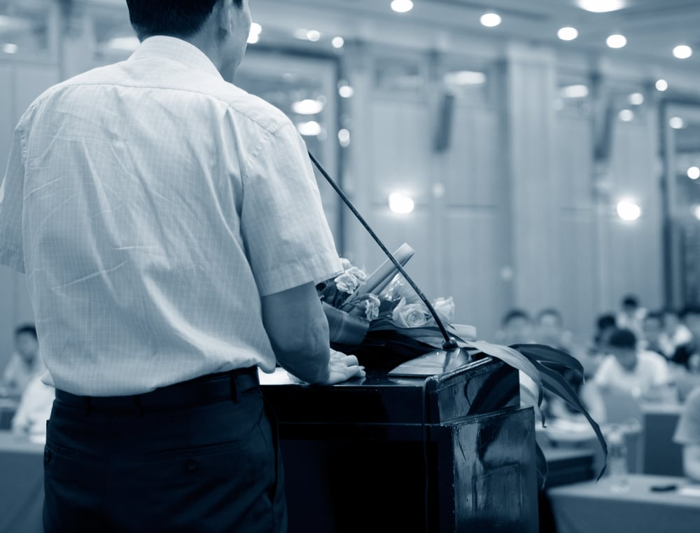 10 Public Speaking Tips and Tricks for Small Business Owners